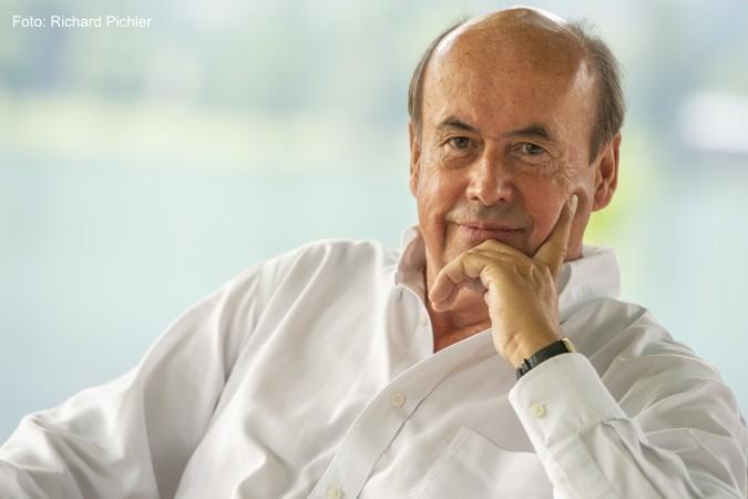 Dr. Bernhard von Mutius